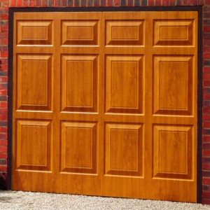 Picture of Cardale Sheraton steel garage door in Golden Oak laminate