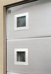 Picture showing type E square windows on Carteck sectional garage door