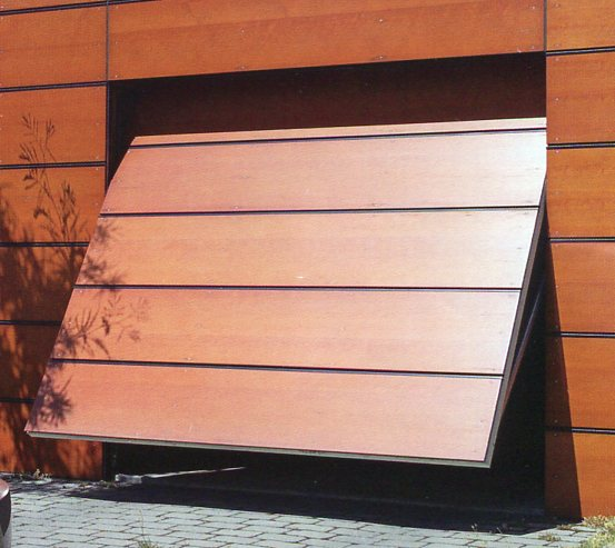 Picture of timber bespoke door made on Hormann OFI door chassis