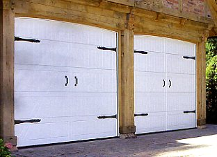 Picture of Hormann Style 405 timber garage doors in White
