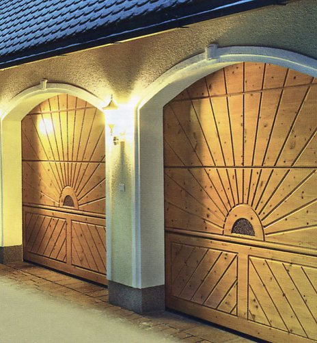 Picture of Hormann Nordic Pine sectional garage doors with bespoke design