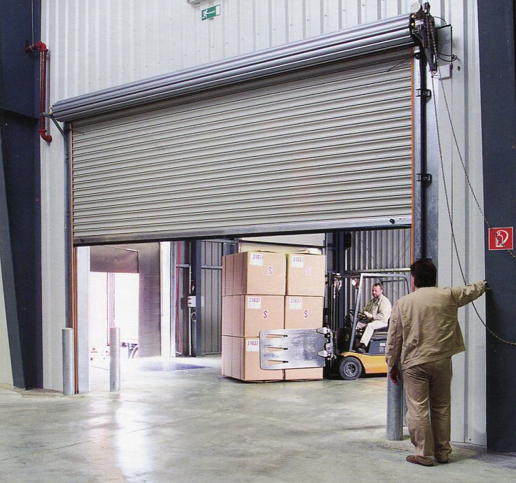 Picture of Hormann industrial roller shutter with chain hoist