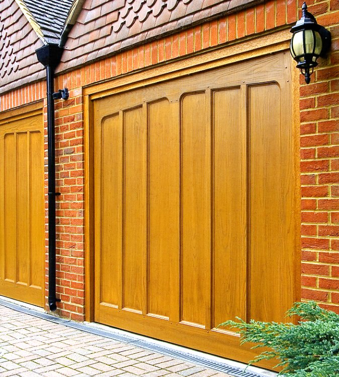 Picture of Wessex Pembroke GRP garage door in Honey Beech
