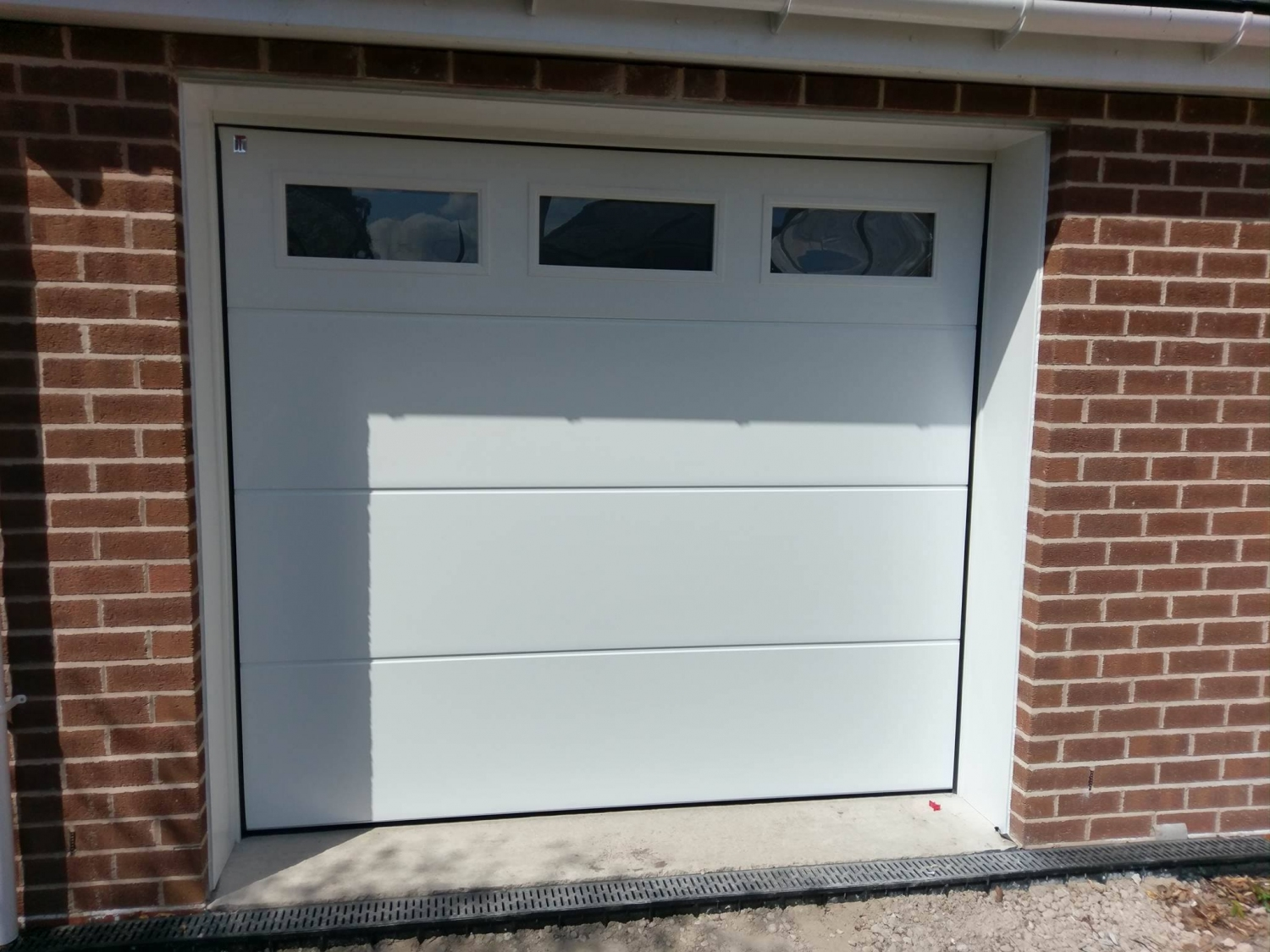 CarTeck GSW 40-L insulated sectional in standard rib