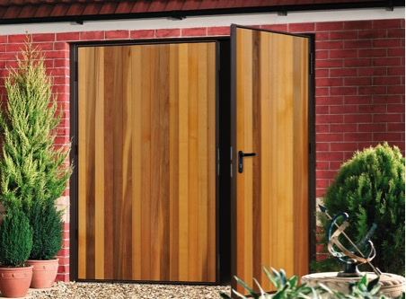 Garador Kingsbury cedar side hinged door