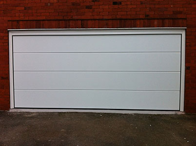 Picture of Hormann L-Rib sectional garage door in white