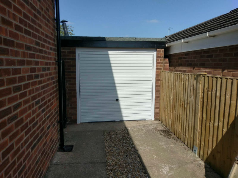 Hormann up and over garage door Horizontal Rib in White