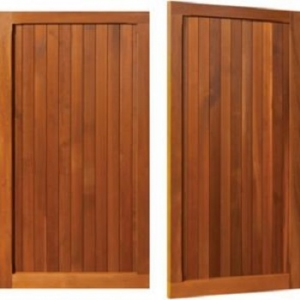 Woodrite Chalfont Cedar Side-Hinged garage doors