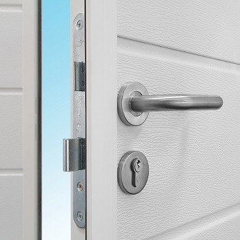 Stainless steel handles and security locking