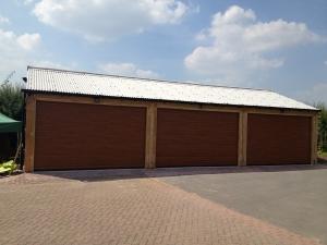 Aluroll insulated roller shutter garage doors