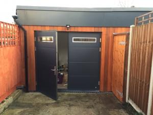 Ryterna Flush Slick Insulated Side-Hinged garage doors