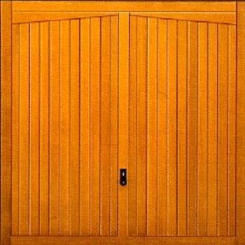 Hormann 2020 Gatcombe timber up and over garage door