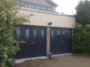 N: Carteck GSW 40-L insulated side-hinged with vertical windows in Anthracite Grey