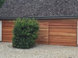 U: Cedar Door Barlow garage doors