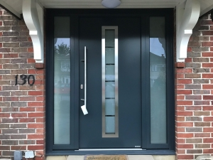 D1: Hormann Thermo65 TPS 700 front entrance door with glazed side elements in sand-blasted float glass