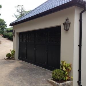 E: Woodrite Bierton side-hinged door set