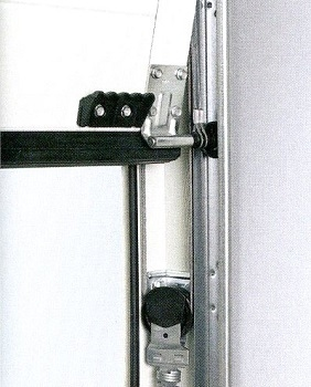 Tension spring assembly on doors up to 3000mm